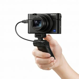 Sony RX100 VII Review in 2019 (Best for Photographers and Vloggers)